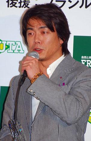 『第2回ベストアサイーニスト』の授賞式に出席した宮沢和史
