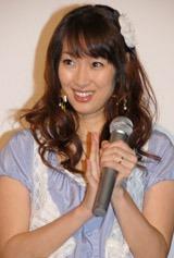 映画『名探偵コナン 戦慄の楽譜』の初日舞台挨拶に出席した坂下千里子