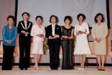 『第1回ベストマザー賞』受賞者ら