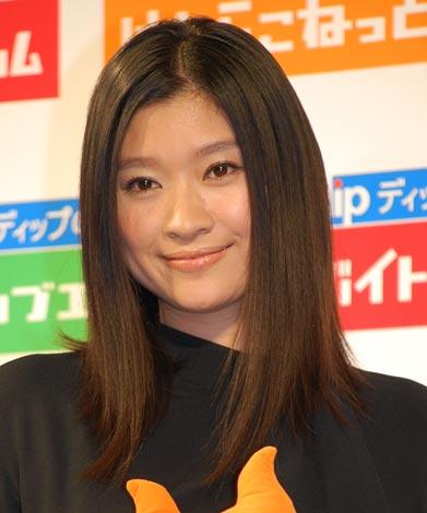 「理想の上司だと思う女性有名人」ランキング1位の篠原涼子(07年8月撮影)