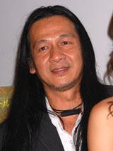 『タイ式シネマ☆パラダイス』のオープニング舞台挨拶に登場したポンパット・ワチラバンジョン監督