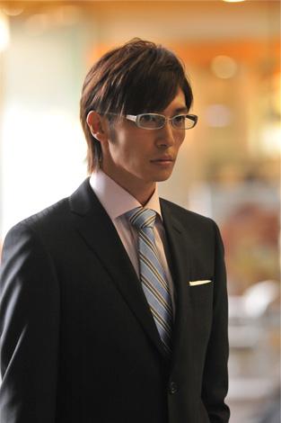 殺人鬼役を演じる玉木宏(C)2009「MW」製作委員会