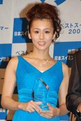 「北島選手が記録を出したのは私のおかげ」と誇らしげに語ったにしおかすみこ