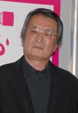 映画『おくりびと』の完成会見に出席した山崎努
