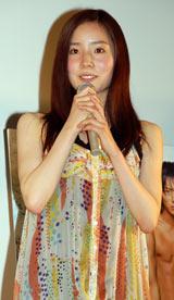 映画『ダイブ!!』の初日舞台挨拶を行った蓮佛美沙子