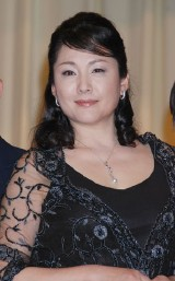 実写映画『火垂るの墓』完成披露試写に出席した松坂慶子