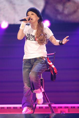 東京・国立代々木競技場第一体育館で10都市27公演を回るアジアツアー『ayumi hamasaki ASIA TOUR 2008〜10th Anniversary〜』の国内ファイナルを迎えた浜崎あゆみ
