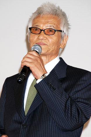 映画「ゲゲゲの鬼太郎 千年呪い歌」完成披露舞台挨拶に登場した緒形拳