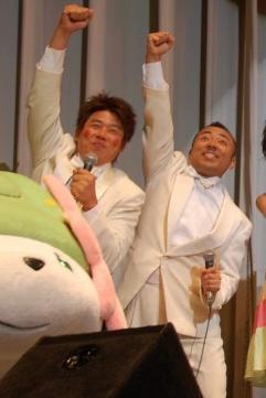 TIM(右からレッド吉田とゴルゴ松本)