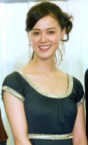 サムネイル 挙式を行った小田茜(07年12月撮影)