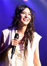 1stライブでの柴咲コウ(2007年8月撮影)