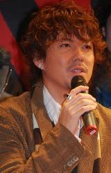 ミュージカル『RENT』の記者会見に出席した米倉利紀
