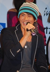 ミュージカル『RENT』の記者会見に出席したRyohei