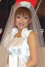 舞台「拙者ムニエル2008夏公演『悪い冗談のよし子』」初日公演を迎えた山田まりや