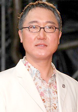 映画『20世紀少年』の完成披露イベントでの佐野史郎