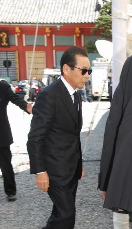 7日(木)赤塚不二夫さんの告別式で弔辞を述べたタモリ