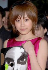 高橋愛[2008年03月撮影]
