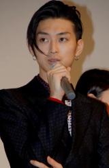 映画『イキガミ』の公開初日舞台挨拶に登壇した松田翔太