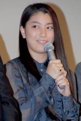 映画『イキガミ』の公開初日舞台挨拶に登壇した成海璃子