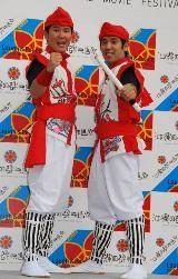 沖縄国際映画祭の開催に喜びを隠せないガレッジセールの2人