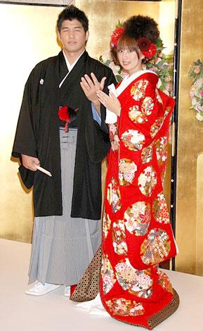 井上康生氏&東原亜希夫妻