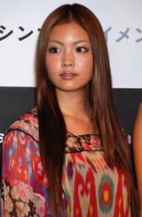 新企画『シンブンテイメント』発表会見に出席した矢野未希子