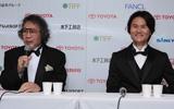 大林宣彦監督と南原清隆(右)の『その日のまえに』記者会見の様子