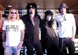 オリジナルメンバーで来日したモトリー・クルー(左からヴィンス・ニール、ニッキー・シックス、ミック・マーズ、トミー・リー)