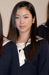映画『櫻の園』舞台挨拶に出席した寺島咲