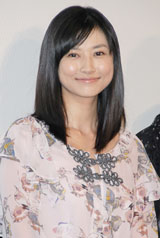 映画『櫻の園』舞台挨拶に出席した菊川怜