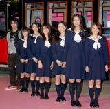 映画『櫻の園』キャストはスクールバスに乗って登場