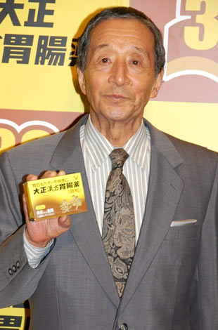 『大正漢方胃腸薬』発売30周年記念発表会に出席した、田中邦衛 (C)ORICON DD inc.