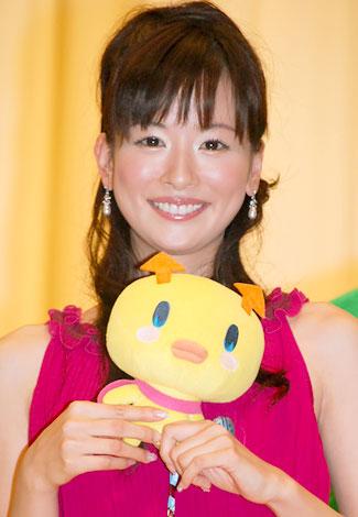 映画『えいがでとーじょー!たまごっち ドキドキ!うちゅーのまいごっち!?』の完成披露試写会に出席した皆藤愛子