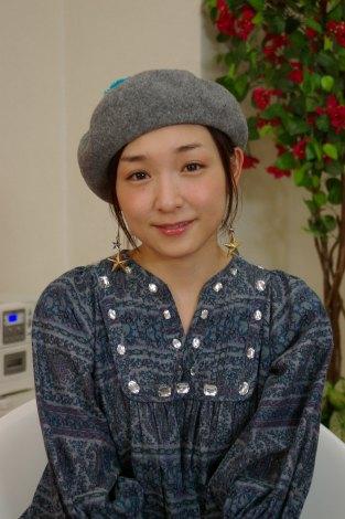 WEB番組『加護亜依のガールズLOVEトーク』 でMCを務める加護亜依