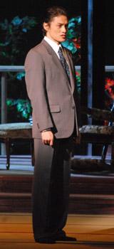 舞台『華々しき一族』の公開舞台稽古を行った松村雄基