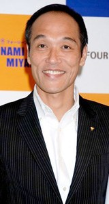 東国原英夫・宮崎県知事(2008年9月撮影)
