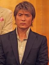 織田信長演じる吉川晃司