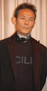 映画『ゼラチンシルバーLOVE』完成披露試写会に出席した操上和美監督