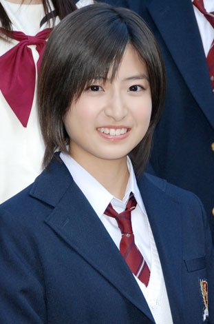 「赤い糸」記者会見及び映画完成披露試写に出席した南沢奈央