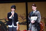 『篤姫』ファンミーティングに出席した宮崎あおい(左)、松坂慶子(右)