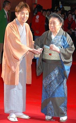 『第1回したまちコメディ映画祭 in 台東』に参加した林家いっぺい、内海桂子