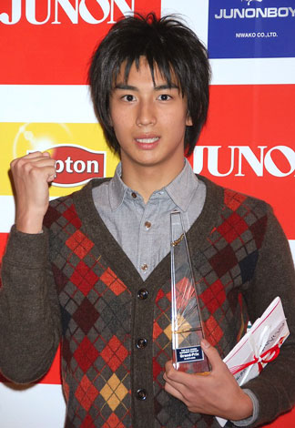 サムネイル 『第21回ジュノン・スーパーボーイ・コンテスト』でグランプリを授賞した東京都出身17歳の市川知宏さん