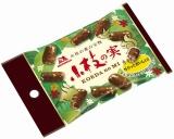 森永製菓より発売される『小枝の実』