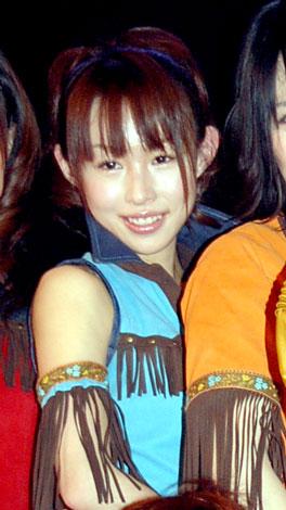 AKB48・最年長の大堀恵、ソロシングル1万枚達成で強制卒業を回避ハグ ...