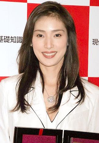 2008年『流行語大賞』に輝いた「アラフォー」代表の天海祐希