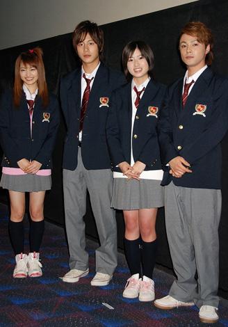 左から岡本玲、溝端淳平、南沢奈央、木村了