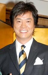 CBC・TBS系ドラマ「オーバー30」の記者会見に出席した高知東生