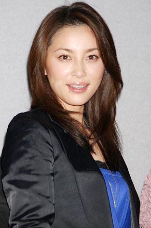 NHK時代劇スペシャル「花の誇り」の会見に出席した瀬戸朝香
