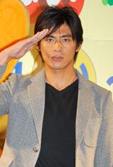 「飲酒運転させないTOKYOキャンペーン(年末)」のオープニングセレモニーにゲストとして登場した坂口憲二