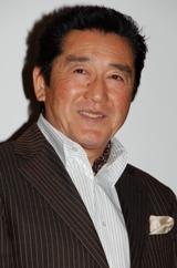 松方弘樹は銀座のクラブオーナーを演じる
